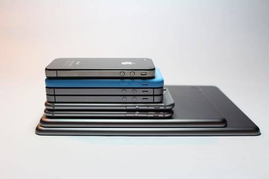 7 things about smartphone your boss want to know